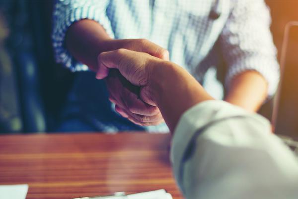 Pymes: ¿qué información conviene saber antes de contratar un seguro?